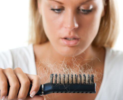 ریزش طبیعی موی سر در روز چقدر است